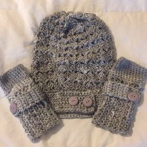 Accessories - Hand-made crochet hat and fingerless mittens